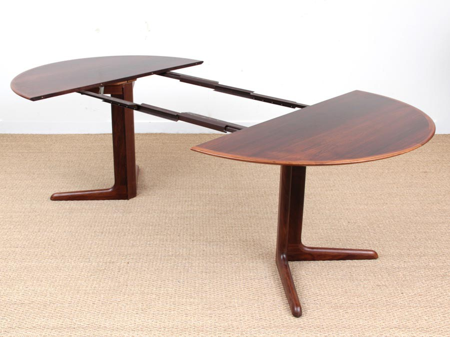Mid Century Modern Scandinavian Round Dining Table In Rio Rosewood 6 10 Seat