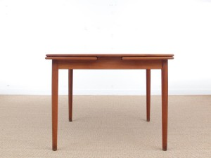 Mid-Century modern scandinavian square dining table. 4/6 seats.