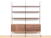 Mid-Century modern scandinavian shelves String System in walnut. New édition.