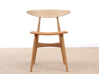 Mid-Century Modern CH 33 chair foamed seat by Hans Wegner. New product.