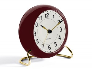 Arne Jacobsen Station Table Clock - dark red/white