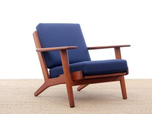 Scandinavian pair of armchairs model GE290 by Hans Wegner for Getama.