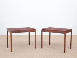 Mid century modern scandinavian pair of occasionnal table by Yngvar Sandstrom.