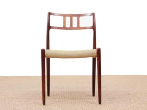 Mid-Century  modern scandinavian set of 6 chairs by Niel Møller in Rio rosewood.