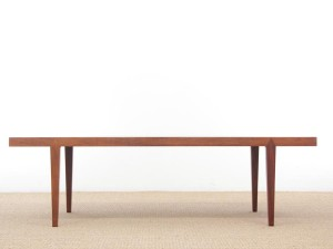 Mid-Century  modern scandinavian coffee table in Rio rosewood by Severin Hansen
