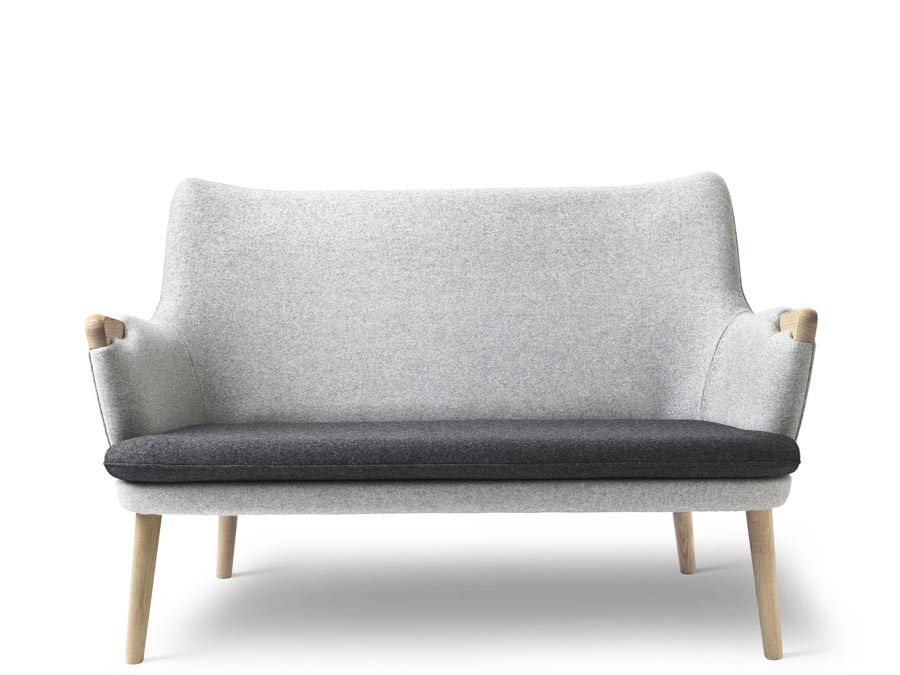 Mid century Modern Danish sofa model CH 72 by Hans Wegner ...