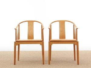 "Set of 2 chairs ""China chair"" model 4283, designed by Hans J. Wegner"