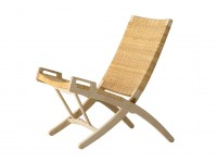 Mid-Century Modern PP512 Folding chair by Hans Wegner. New product.