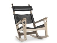"""GE 673 """"Keyhole"""" Rocking chair by Hans Wegner. New edition"""