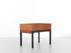 Mid-Century  modern scandinavian planter in Rio rosewood and copper by Arne Wahl Iversen