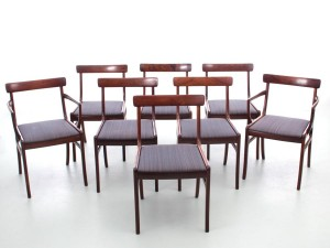 Mid-Century  modern scandinavian set of 6 chairs and 2 armchairs in Rio rosewood model Rungstelund by Ole Wanscher
